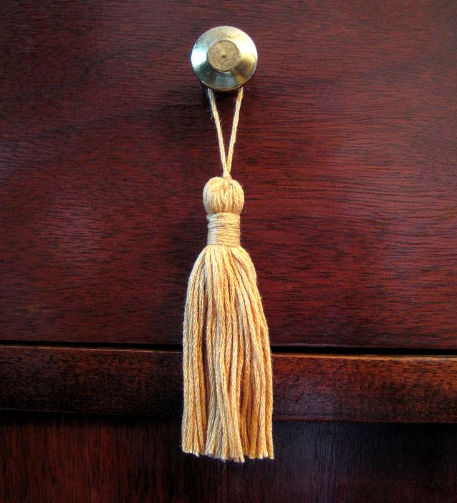 embroidery floss tassel 2