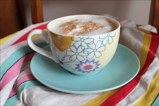 coffee with spice sprinkle