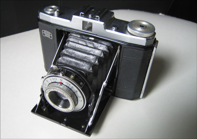 zeiss ikon nettar camera