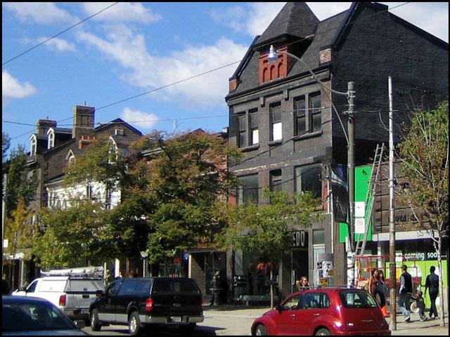 320 queen street west