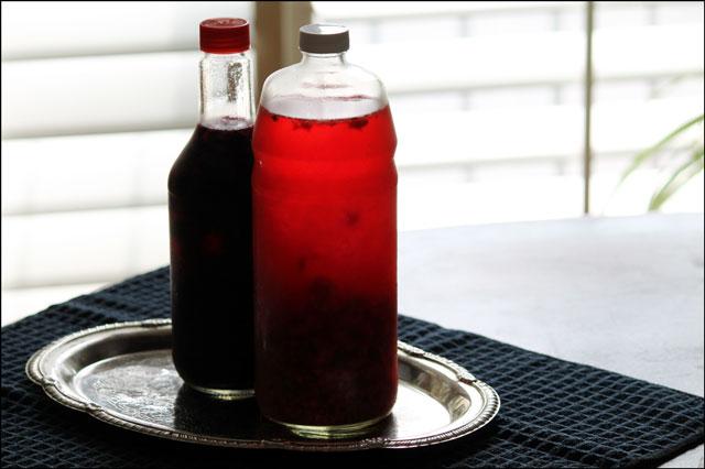 homemade raspberry vinegar