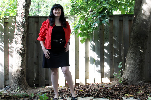 red blouse outfit 02
