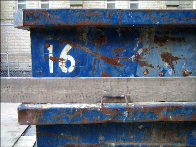 16 construction bin
