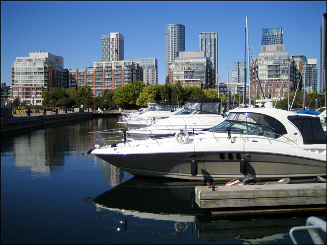 boats in toronto harbour 2