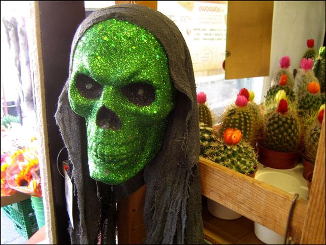 green sparkly skull