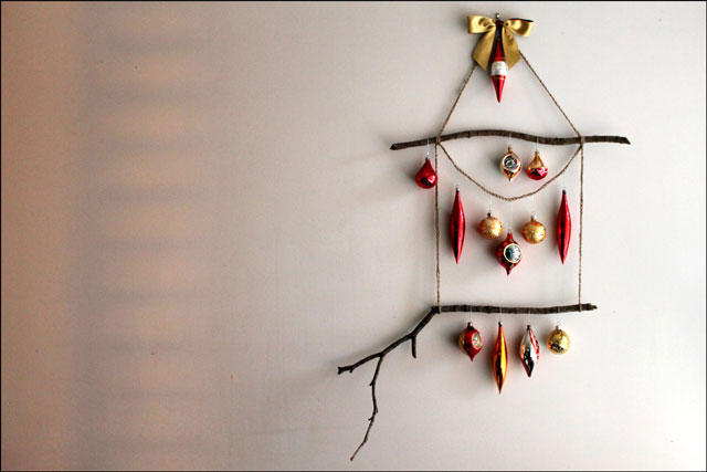 diy ornament display