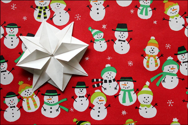 gift wrapping with origami