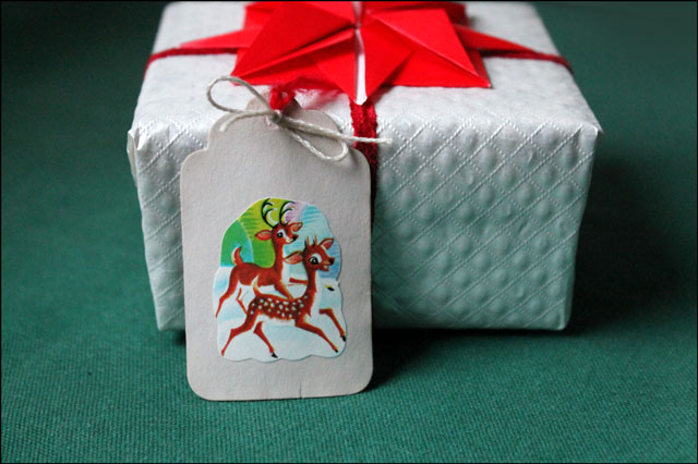 Handmade Gift Tag Using Vintage Christmas Seal Loulou Downtown