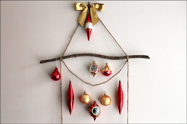 handmade ornament display d