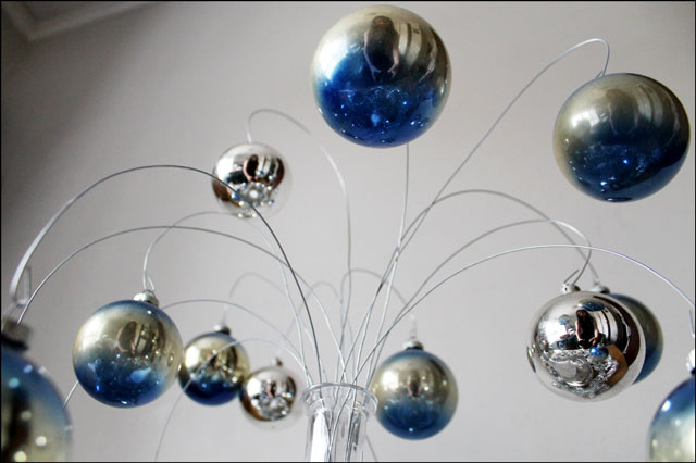 vintage-blue-and-silver-ornament display