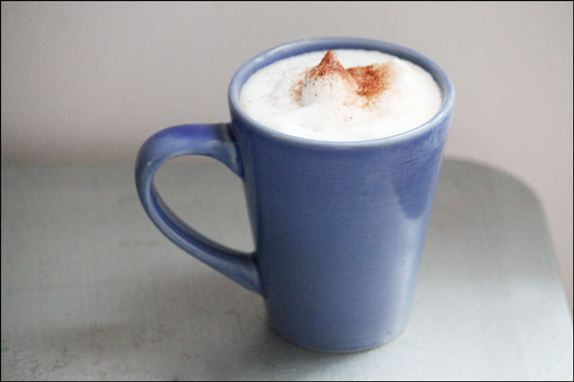 cappuccino-with-spice-sprinkles