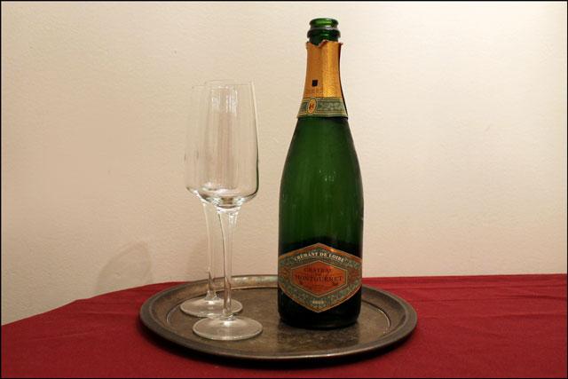 cremant-de-loire-sparkling-wine