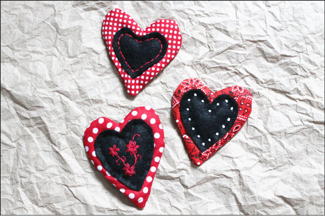 handmade-cotton-and-felt-hearts-quilted-with-embroidery