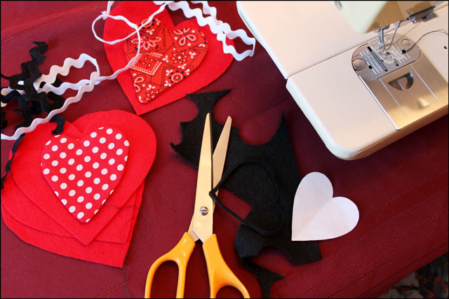 making heart decorations