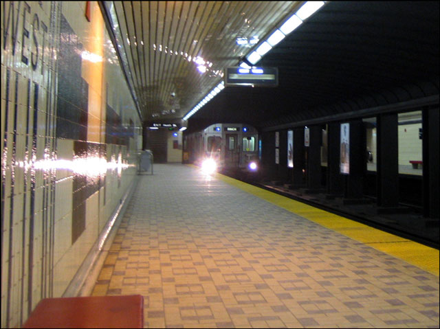 train-pulling-in