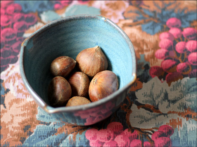 chestnuts-in-a-bowl