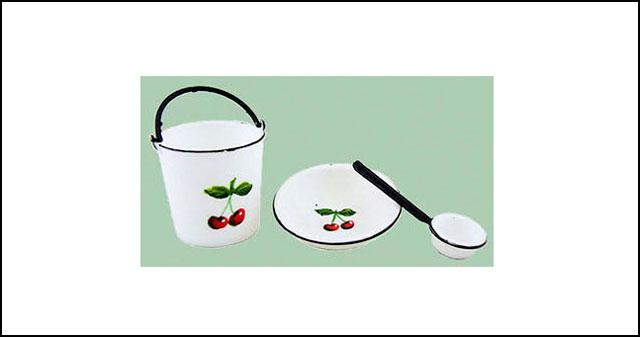 kitchen-bucket-and-bowl-min