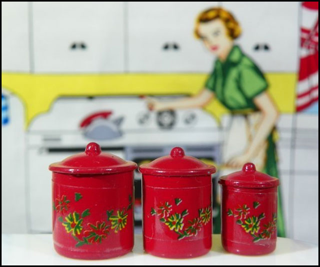 kitchen-canisters-red-dollh