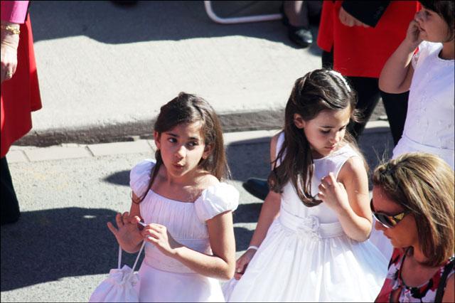girls-in-parade