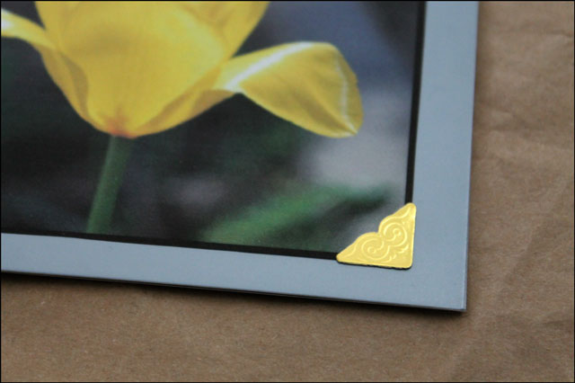 textured-photo-corner-for-card making