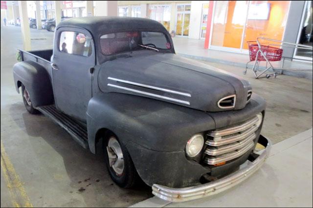 vintage-mercury-truck