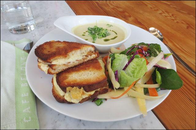 lunch-at-cafe-belong-brickworks