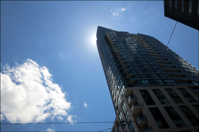 building-with-sun