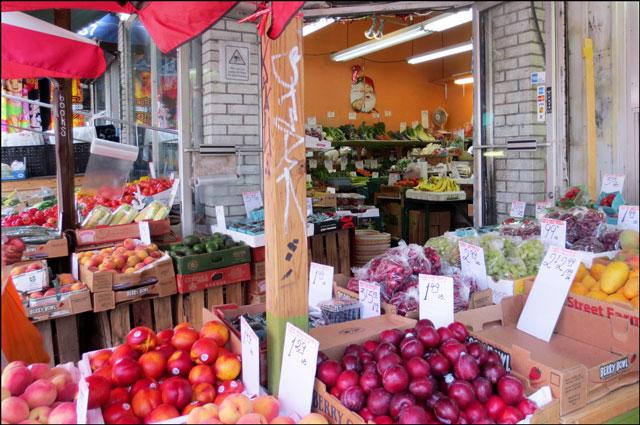 fruit-and-veg-store-kensington