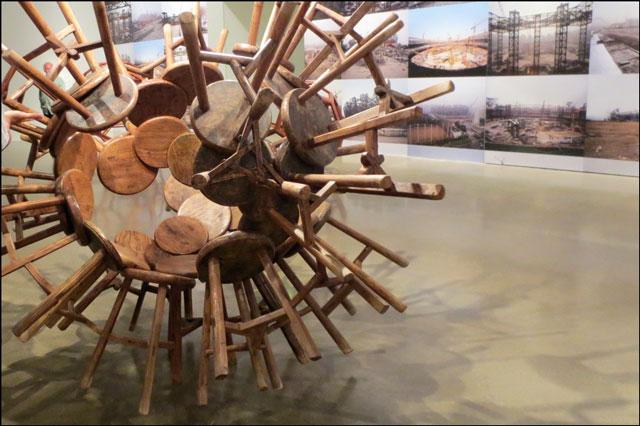 grapes-stool-sculpture-ai-weiwei