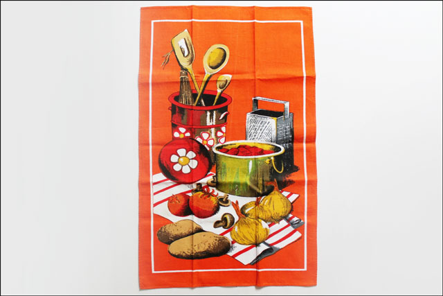 thrifted vintage tea towel