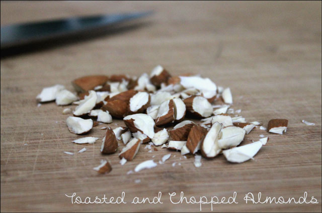 toasted-and-chopped-almonds