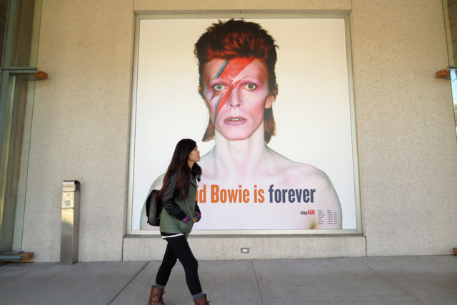 bowie-is-forever-poster-ago