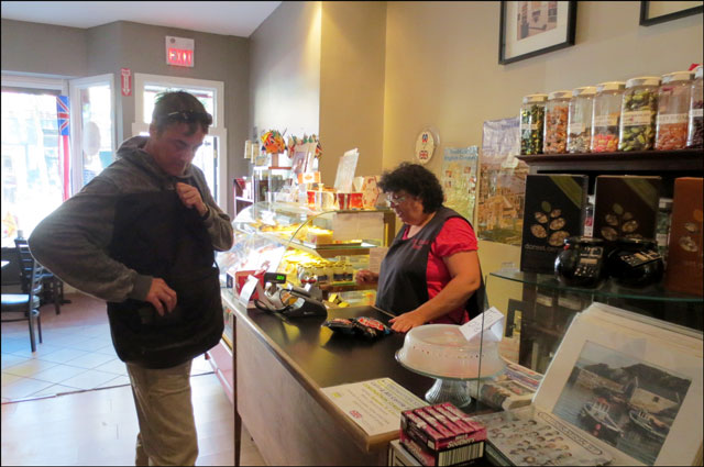 buying-twiglets-in-cobourg