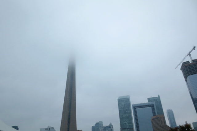 foggy-toronto-cn-tower-2