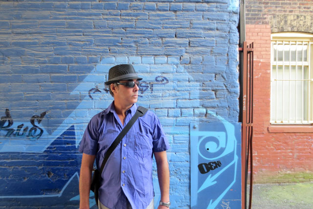 nick-in-alley