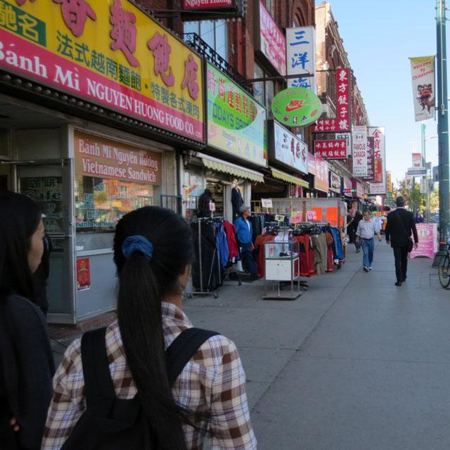 walking-in-china-town-3