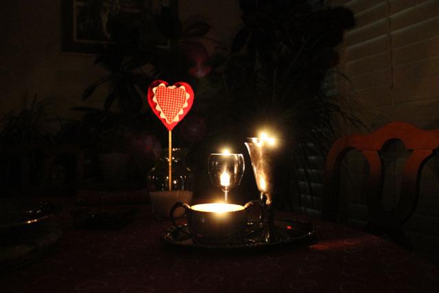 candlelit-handmade-heart-decoration