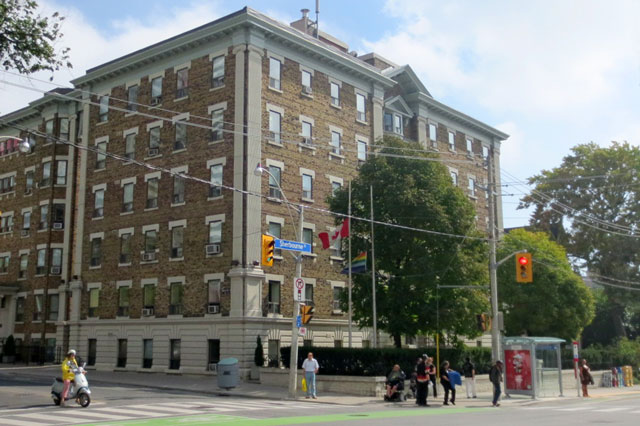 apartment-building-sherbourne-wellesley