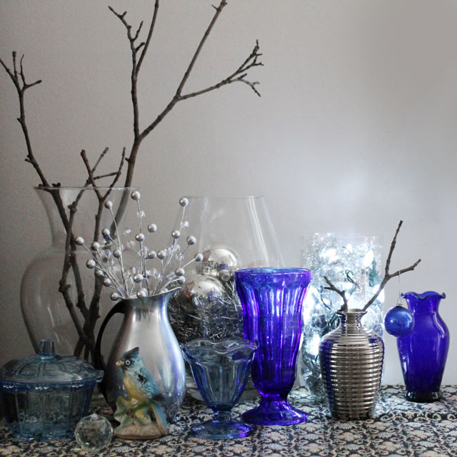 blue-silver-setting-for-diy-lamp new years eve