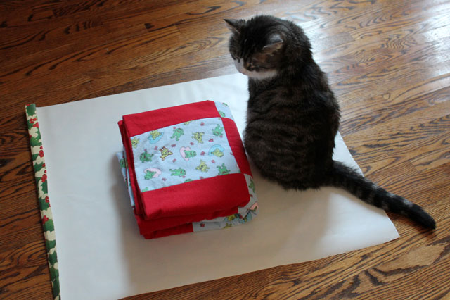 cat-helps-gift-wrap