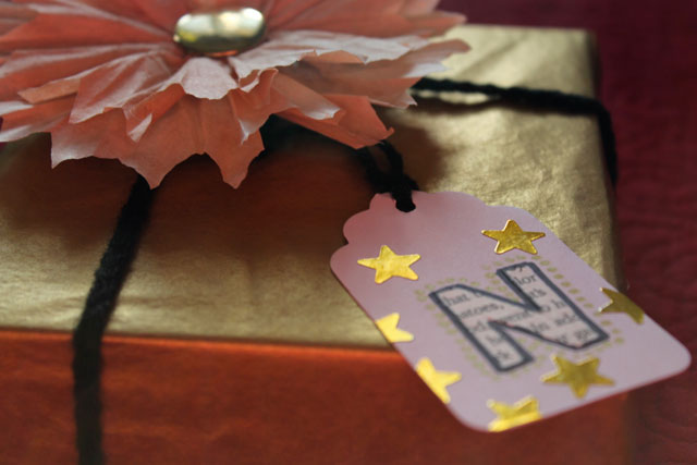 gold package diy tag and flower