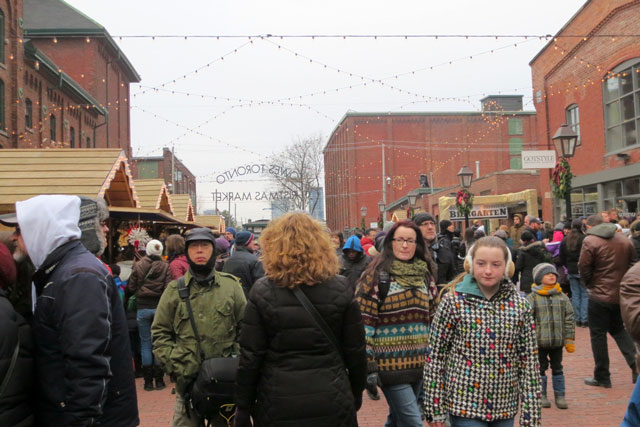 lowes christmas market toronto