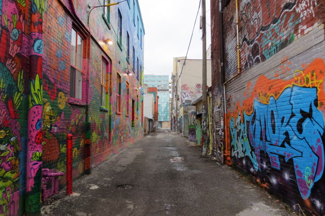 alleyway-south-of-queen-st-west