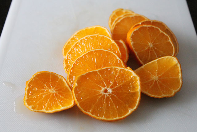 sliced clementine oranges
