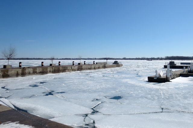 toronto-winter-waterfront