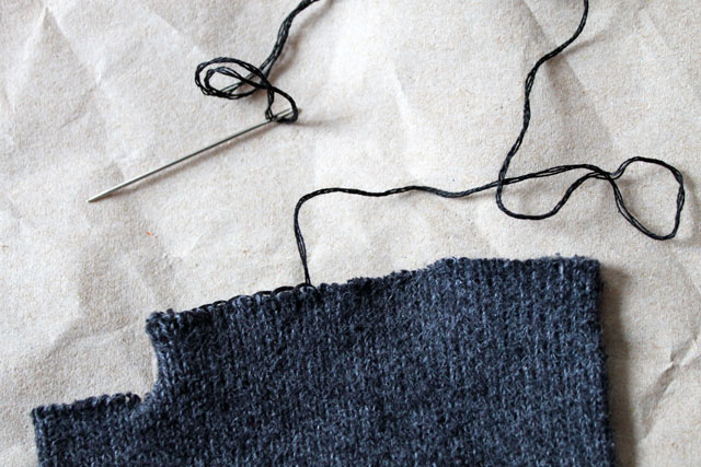 blanket-stitch-raw-edges-1
