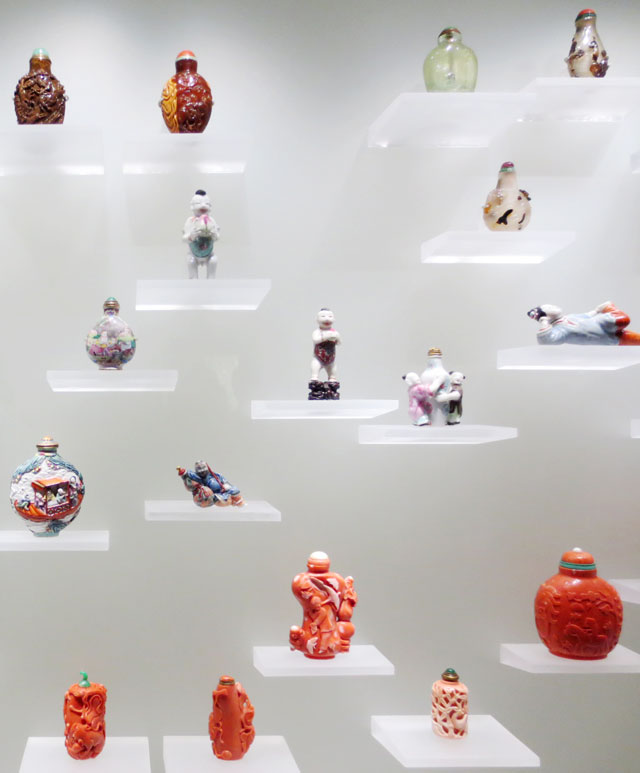 collection-of-snuff-bottles-ago-4