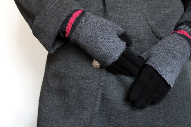 diy-fingerless-gloves-layered