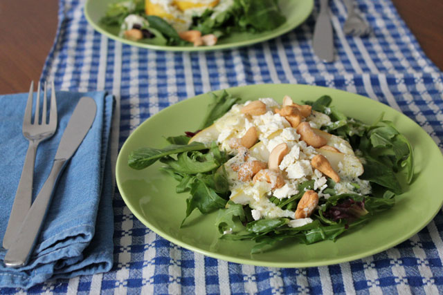 pear-feta-cashews-greens-salad