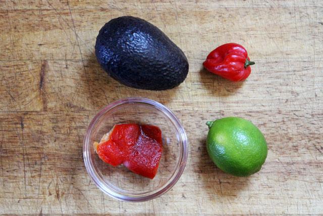 avocado-crostini-spread-ingredients
